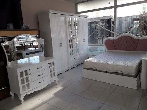 Zeytinburnu İkinci El Klasik Yatak Odası Takımı Alanlar