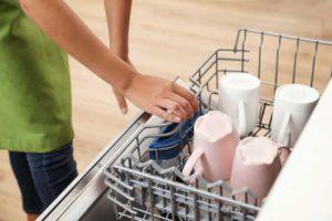 Bulaşık Makinesi Nasıl Temizlenir